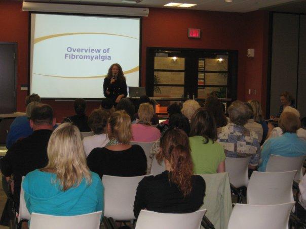 Lynne-presenting-2